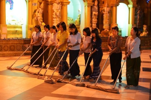 cleaning-staff